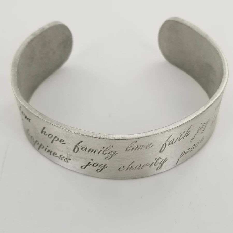 CF - Bracelet - Hope, Family, Love - Bracelet - Cuff - Pewter - Etched<BR>ブレスレット - 希望、家族、愛(ピューター、食刻加工)