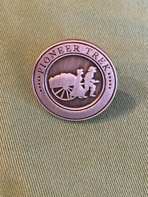 RM - Pin - Generic Pin (Pionner Trek…)<BR>ピンバッヂ 手車隊 【日本在庫限り】